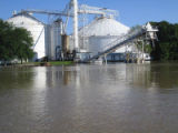 Arkansas: White River Grain Elevator - May flood 2011